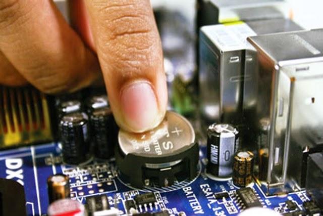 Apa Fungsi Baterai CMOS dan Kenapa Motherboard Membutuhkannya?