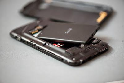 https://www.pintarkomputer.com/2015/05/ciri-ciri-baterai-smartphone-yang-sudah-harus-diganti.html