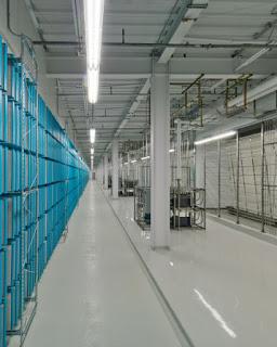 Foto - foto Ruangan Data Center Facebook - Memaksimalkan Efisiensi Energi