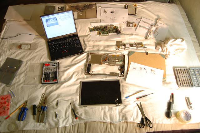 Tips Aman Dalam Membongkar dan Merakit Laptop Sendiri